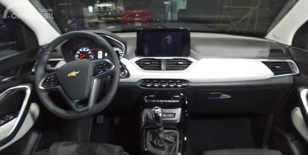 Gambar menunjukkan interior All New Chevrolet Captiva 2019