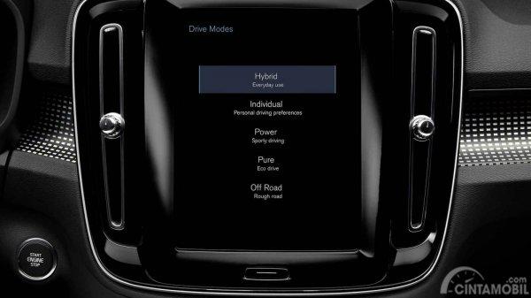 Fitur keselamatan Volvo XC40 2019 juga menawarkan berbagai mode berkendara