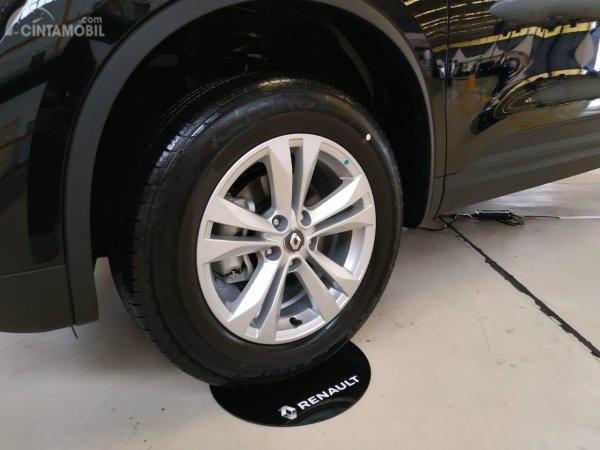 Gambar menunjukkan desian bagian Ban Dan Pelek Renault Koleos Luxury 2019