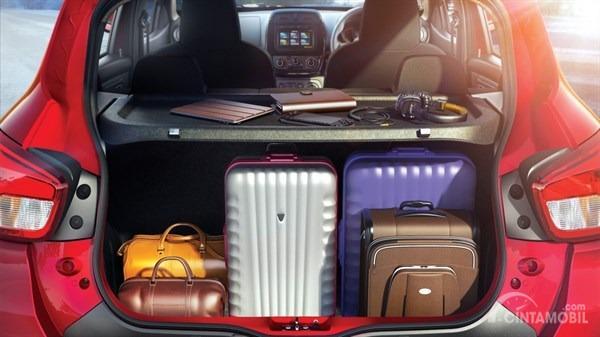Gambar menunjukkan Kapasitas Bagasi Renault Kwid Icon 2019