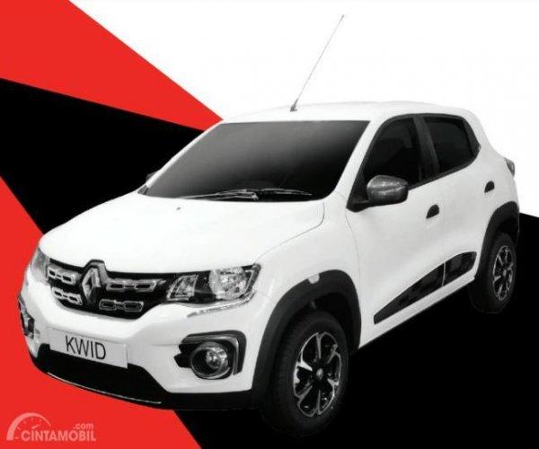 Gambar sebuah Mobil Renault Kwid Icon 2019 berwarna putih dilihat dari sisi depan