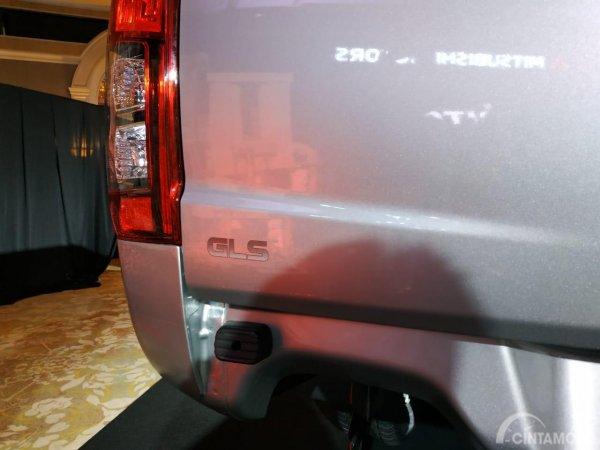 Logo GLS di mobil New Mitsubishi Triton 2019