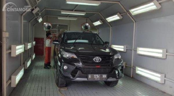 Toyota Fortuner setelah dicat ulang