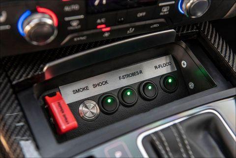 Foto panel instrumen pada Audi RS7 Armored