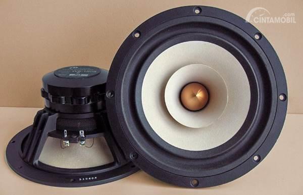 speaker mobil full range