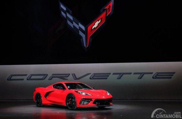 Corvette C8 Stingray 2020 diperkenalkan secara resmi pada 18 Juli 2019 di California
