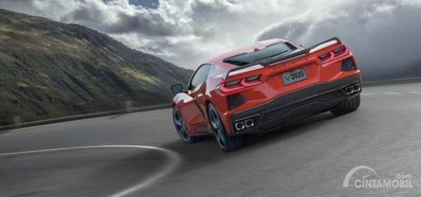 Eksterior Belakang Chevrolet Corvette C8 Stingray 2020 sudah dilengkapi dengan Twin Dual Exhaust dipadu fitur Spoiler