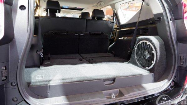 Tampak Bagasi Mitsubishi Pajero Sport Rockford Fosgate Black Edition 2019