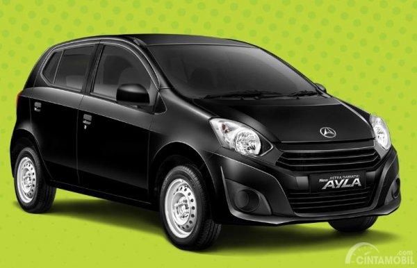Daihatsu Ayla 1.0 D berdiri sebagai varian terendah dan punya harga terjangkau pula