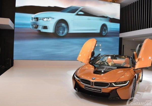 BMW i8 memiliki keunikan tersendiri khususnya desain bodi yang futuristik