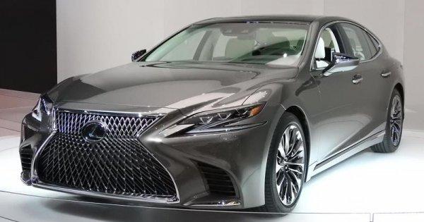 Lexus LS500 punya desain eksterior yang seksi dan juga cepat soal akselerasi