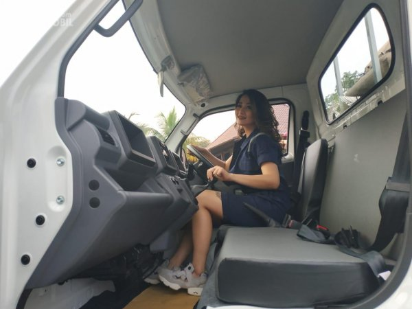 Foto posisi duduk Suzuki New Carry Pick Up