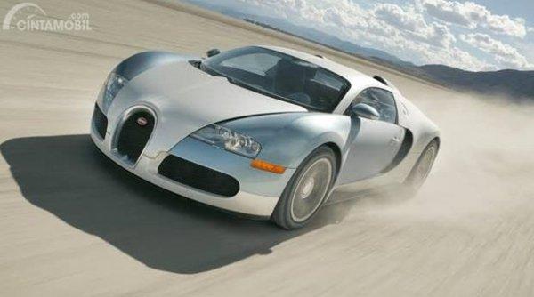 Bugatti Veyron 16.4 akhirnya tercipta pertama kali di tahun 2004