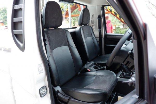 Gambar menunjukkan kursi Mahindra Scorpio S6 Single Cabin 4x4 MT 2019