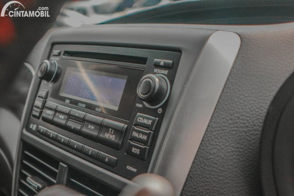 Foto Subaru Impreza WRX STi A-Line 2013 dari audio