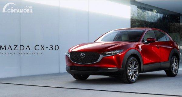 mobil baru Mazda CX-30 di Jepang berwarna merah