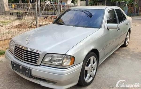 Mercedes-Benz C-Class dijual