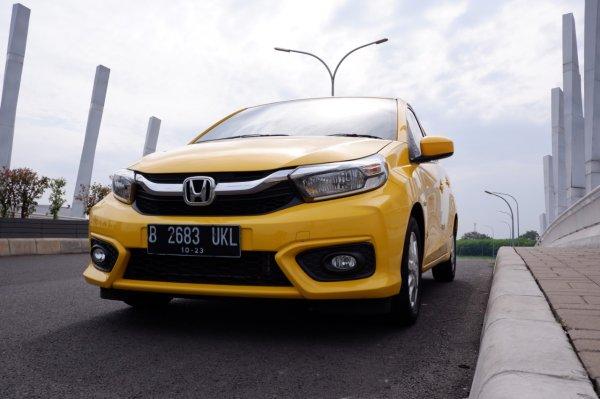 Foto Honda Brio E CVT