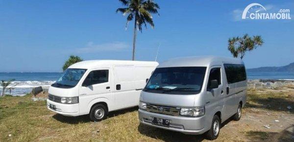 Gambar Suzuki New Carry Minibus dan Blind Van sedang dites jalan