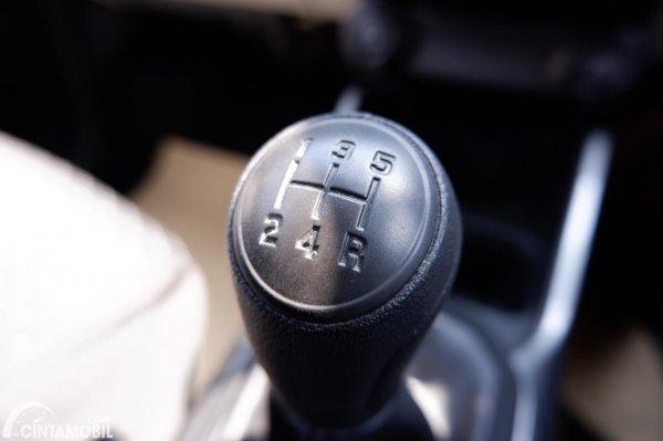 Foto tuas transmisi Suzuki Ignis