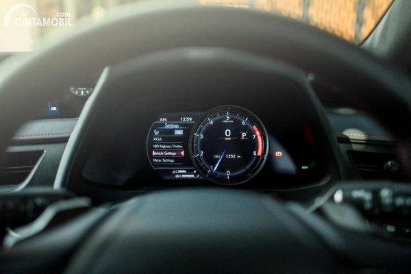 Gambar panel instrumen LFA-INSPIRED METERS di Lexus UX 200 F SPORT AT 2020