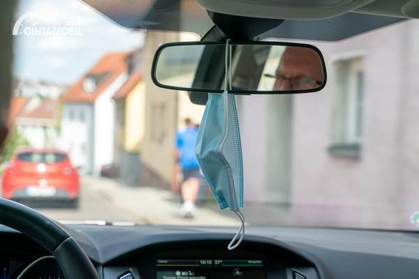 Bahaya Tidak Pakai Masker di Mobil