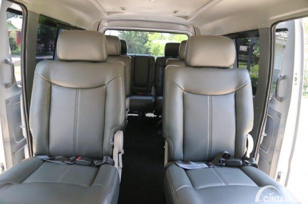 Gambar kursi Suzuki New Carry Minibus 2020