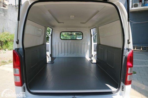 Gambar ruang kargo Suzuki New Carry Blind Van 2021
