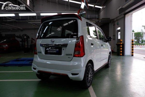 Eksterior belakang Suzuki Karimun Wagon R Limited