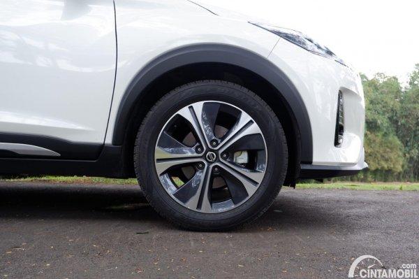 Foto ban dan velg Nissan Kicks