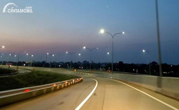 Foto Jalan Tol Trans Jawa ruas Semarang-Batang