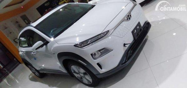 Gambar tampilan depan Hyundai KONA Electric 2020