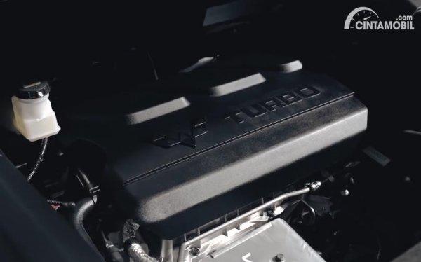 mesin Wuling Almaz Limited Edition 2020 berwarna hitam