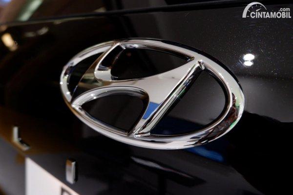 Foto logo Hyundai di Hyundai Palisade Signature 2020