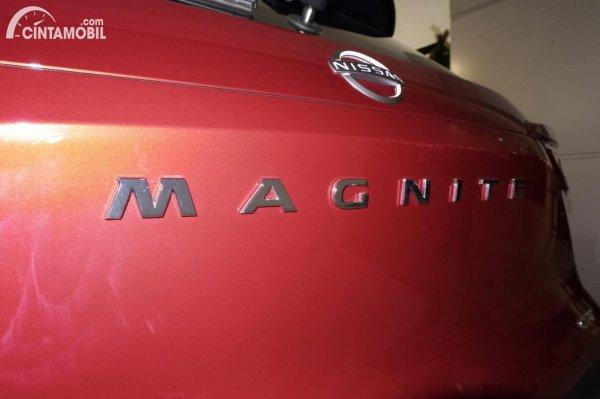 Foto emblem MAGNITE pada Nissan Magnite Premium CVT 2020