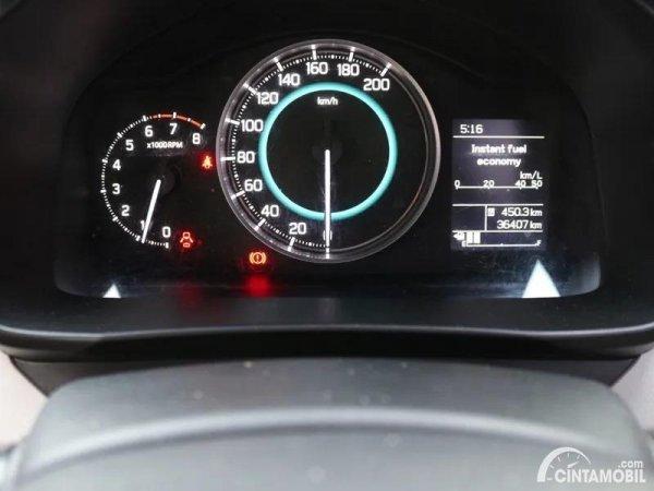 Gambar panel instrumen Suzuki Ignis
