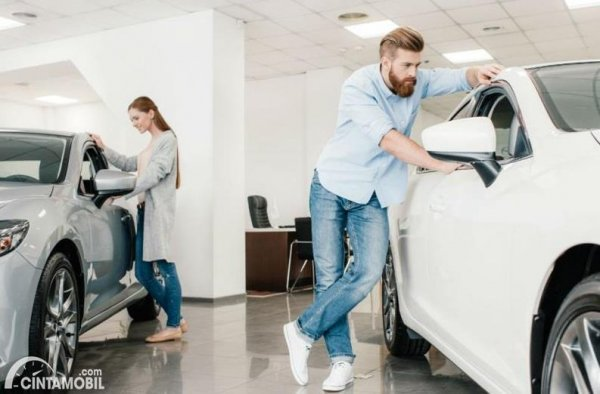 tips membeli mobil bagi pembeli mobil pertama