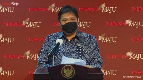 Foto menunjukkan Ketua Komite Penanganan Covid-19 dan Pemulihan Ekonomi Nasional (KPC-PEN) Airlangga Hartarto