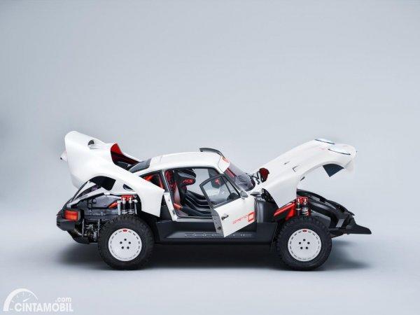 Gambar Tampak samping Porsche 911 Singer Modification