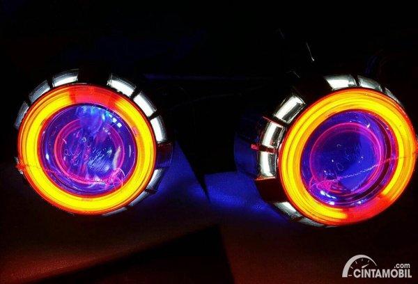 Lampu Angle Eyes Mobil