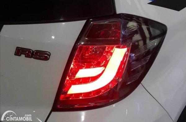 Lampu Rem Variasi Honda Jazz