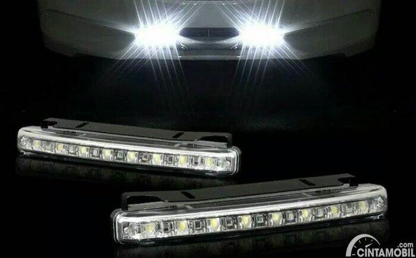 Lampu LED DRL Avanza