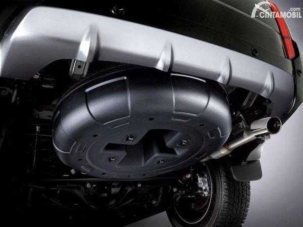 Foto spare tire cover Mitsubishi Pajero Sport Dakar 4x2 Rockford Fosgate