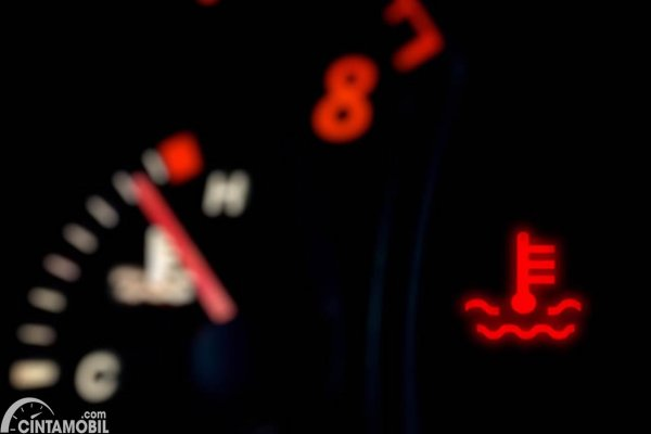 Indikator Temperatur Mesin Overheat