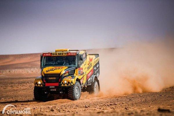 Martin Macik beraksi di Reli Dakar 2021 Stage 9