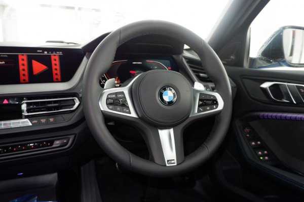 Foto setir BMW M135i xDrive 2020