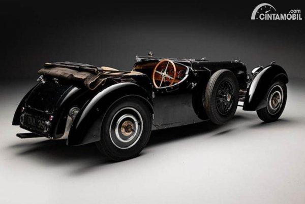 Bugatti Type 57S Lelang