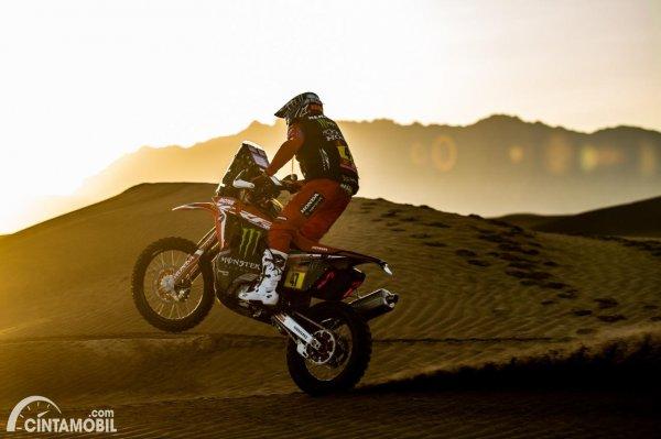 Kevin Benavides, pemenang Dakar 2021 kategori motor