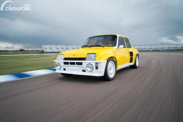 Renault 5 Turbo warna kuning