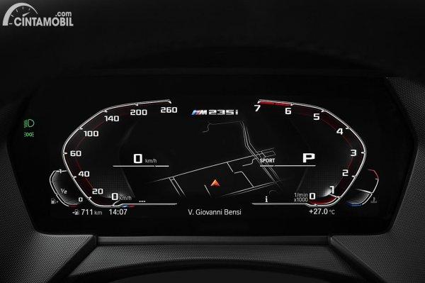 Instrument Cluster digital yang dipakai BMW M235i Gran Coupe